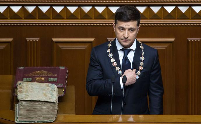 Рейтинг президента Зеленського різко впав