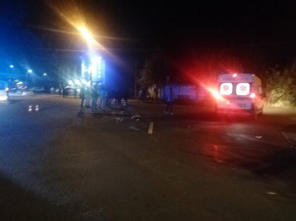 Вечірня аварія в Ужгороді: є постраждалі