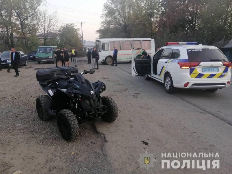 Жінка відлетіла на кілька метрів: очевидці розповіли про аварію в Кольчині