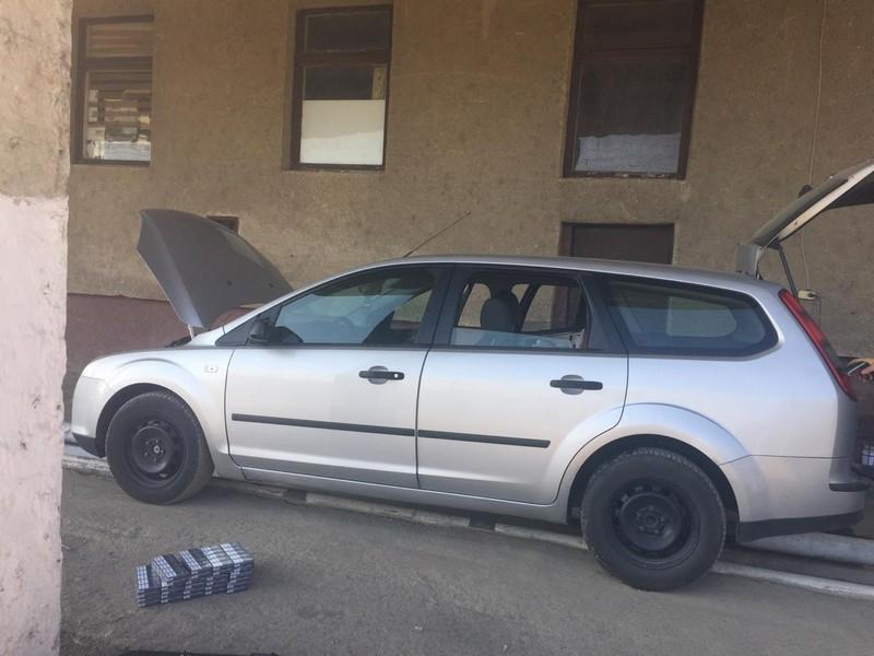 Молодий румун через сигарети втратив автомобіль