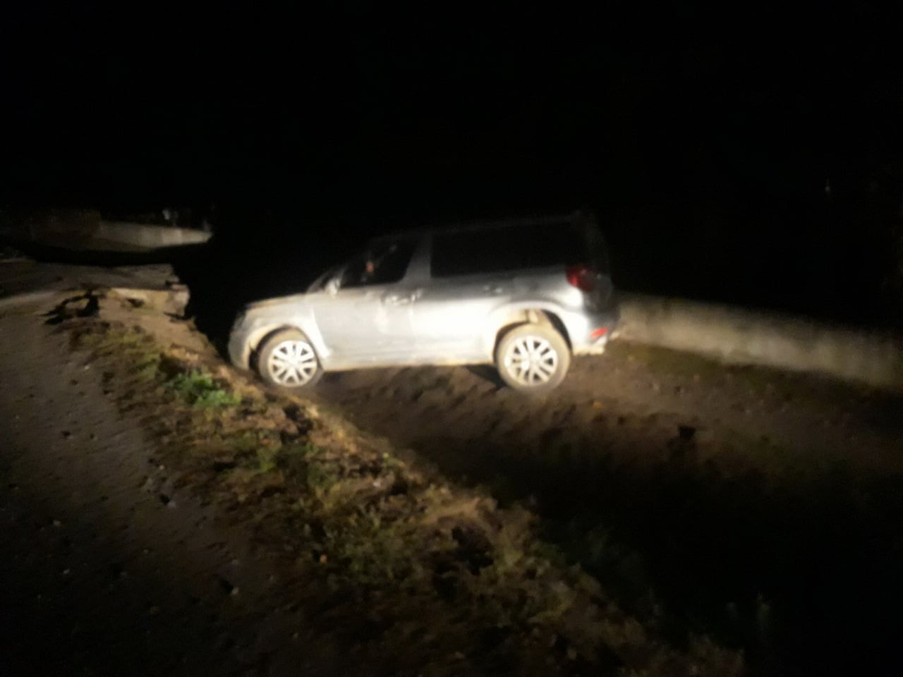 На Закарпатті п'яний водій не впорався з керуванням