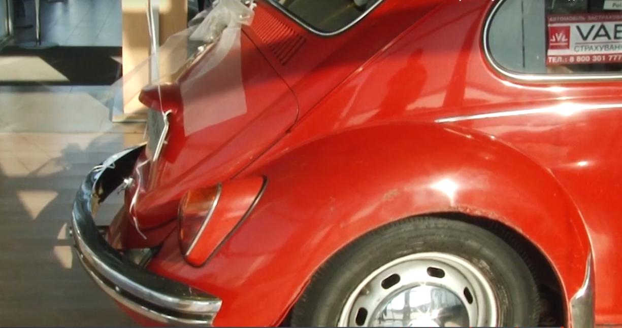 Ужгородець їздить на раритетному авто