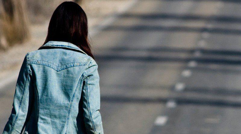 Поліцейські знайшли неповнолітню дівчину, яка днями пішла з дому