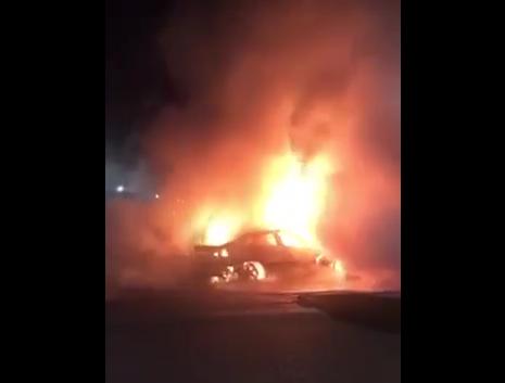 Вночі підпалили авто ужгородського підприємця