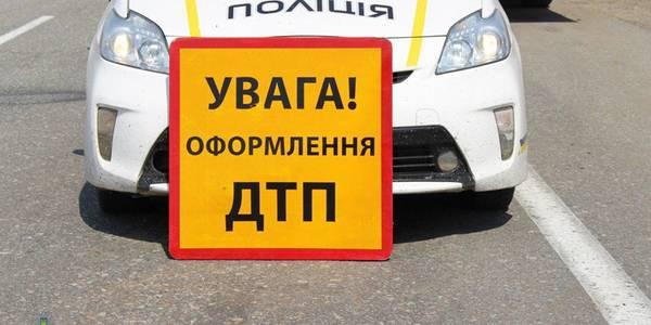 На Закарпатті трапилась аварія за участі службового авто поліції