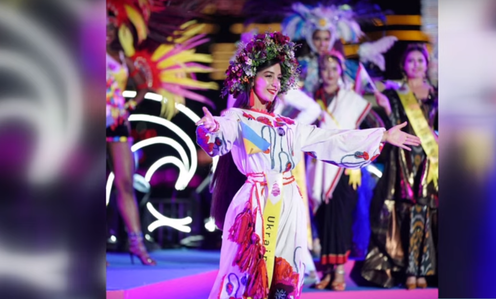 Дівчина із Закарпаття виборола корону на світовому конкурсі краси