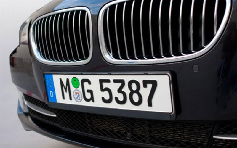 Максим Нефьодов пообіцяв внести зміни до калькулятору розмитнення авто