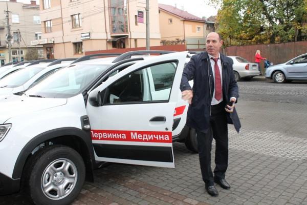 У Мукачево приїхала колона зі спецавтомобілів, яку очолив Ігор Бондаренко