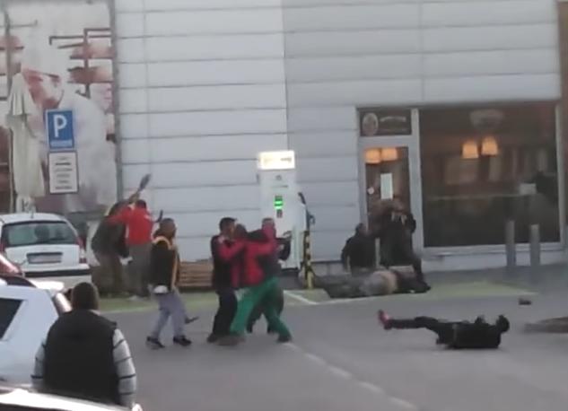 На заробітчан у Словаччині напали роми. Оприлюднено відео бійки, – ЗМІ