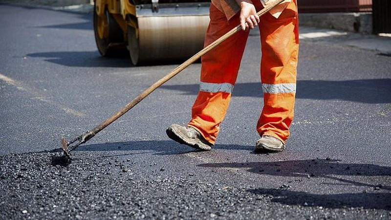 """Фірма екс-директора """"Буковеля"""" Коломойського отримала 480 мільйонів на ремонт доріг у Закарпатті"""