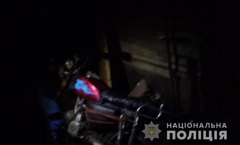 18-річний хлопець вкрав мотоцикл у односельця