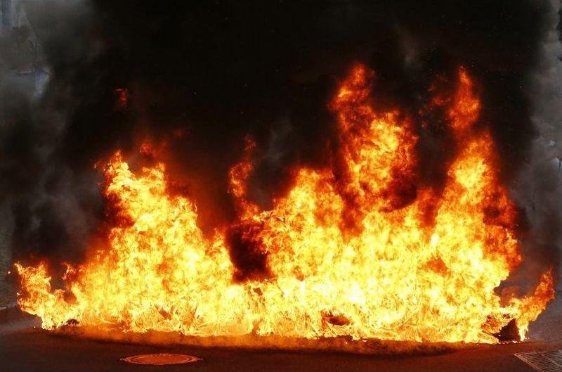 Вночі на Рахівщині загорівся автомобіль