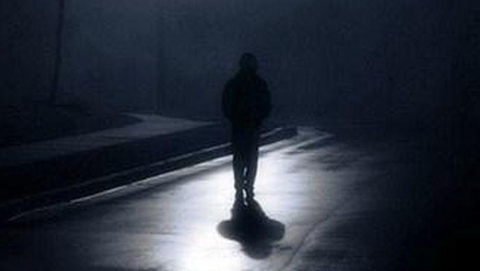 Вночі в Ужгороді помітили підозрілого чоловіка