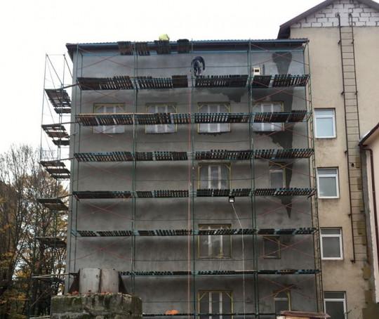 В Мукачеві триває реконструкція поліклініки