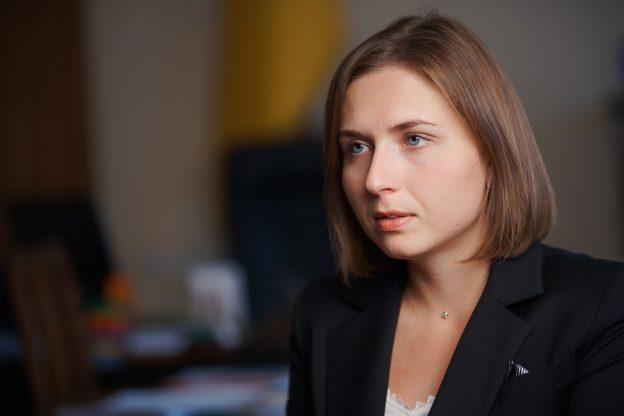 Нова ідея міністерки освіти: Новосад пропонує перевести всіх вчителів на контракт