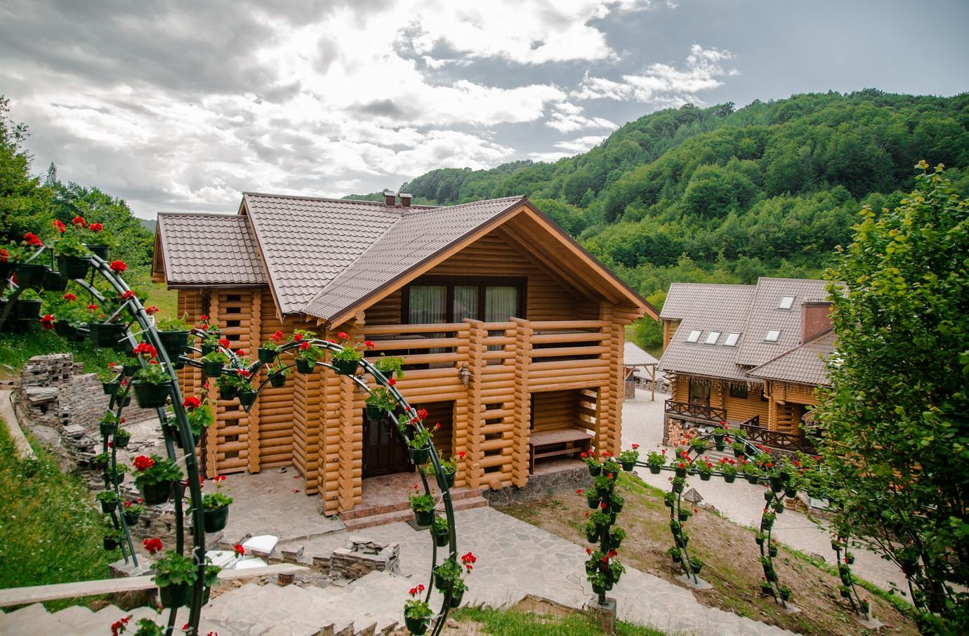 Царська долина – ресторан та комплекс відпочинку