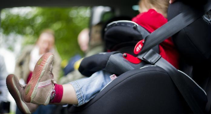 В Ужгороді таксист відмовився перевозити пасажирку через дитину