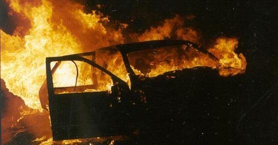 У Сваляві згорів вщент Volkswagen Golf