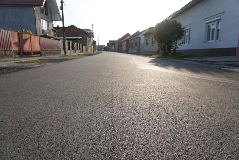 У Мукачеві завершили капремонт вулиці Небесної Сотні