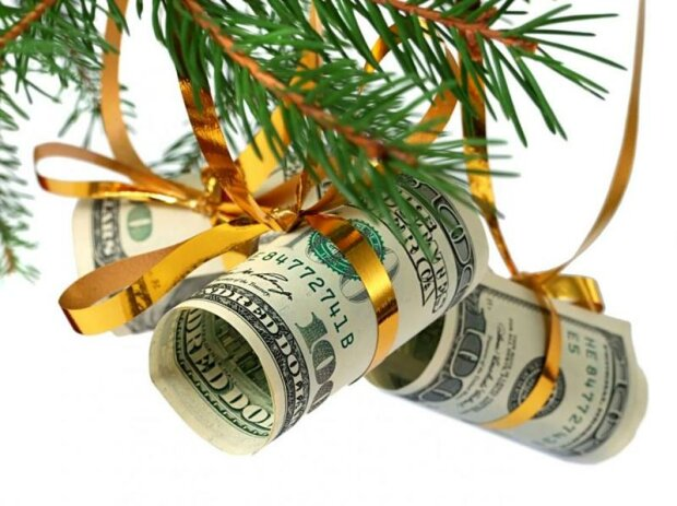 Яким буде курс долара напередодні Нового року: прогноз експерта