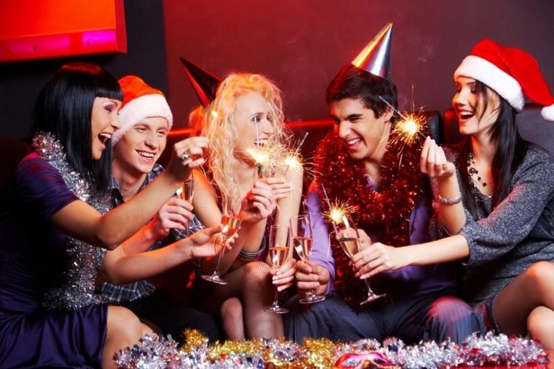 Компанії масово переносять новорічні корпоративи на січень