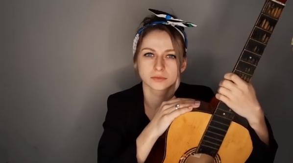 Нове відео закарпатської блогерки підкорює мережу