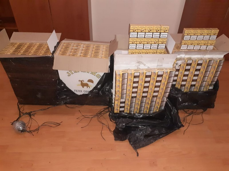 Прикордонники завадили контрабандистам переправити цигарки до Румунії