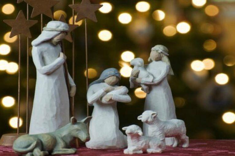 Василь Петьовка вітає вірників західного обряду з Різдвом