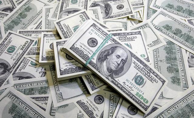 Нацбанк за один день викупив з ринку 700 мільйонів доларів