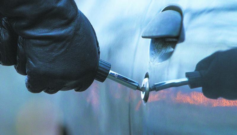 Поліцейські оперативно розкрили крадіжку автомобіля