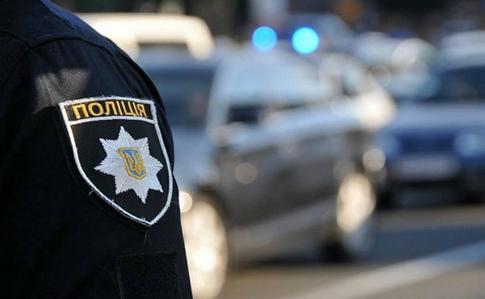 """Ужгородець ввечері намагався """"домовитись"""" із поліцейськими"""