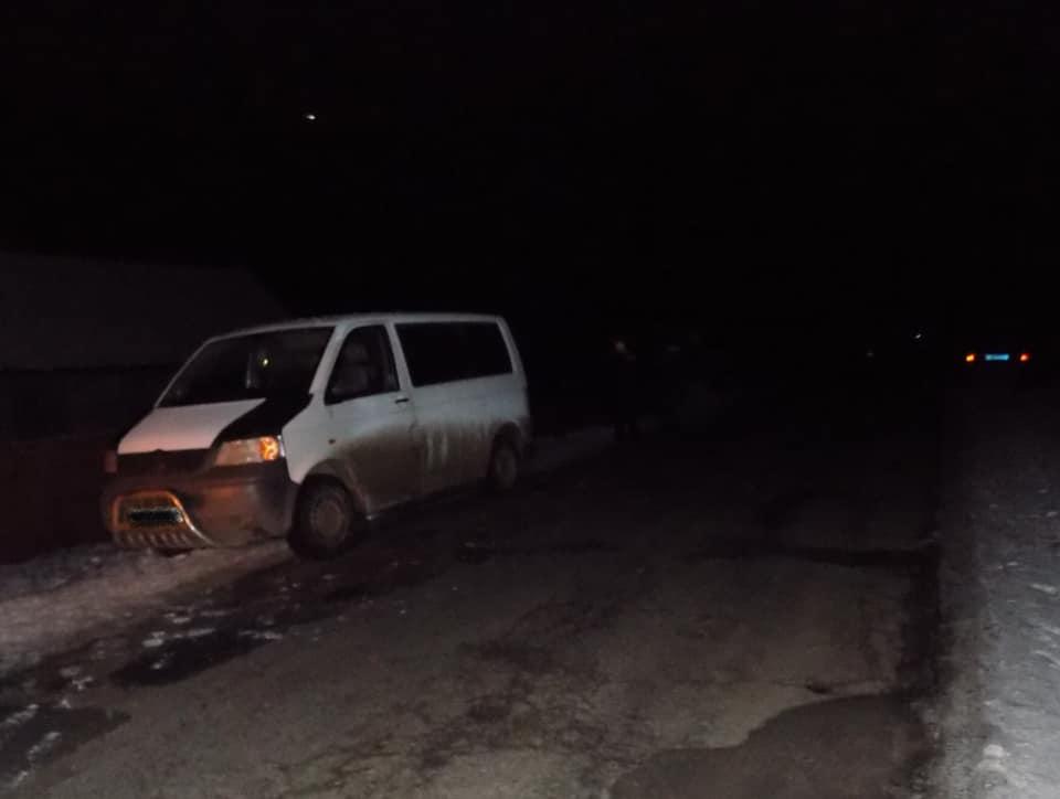 На Хустщині молодий хлопець потрапив під колеса авто