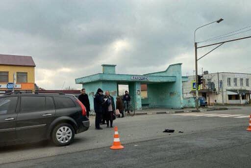 Аварія у Ракошині: молода жінка при смерті