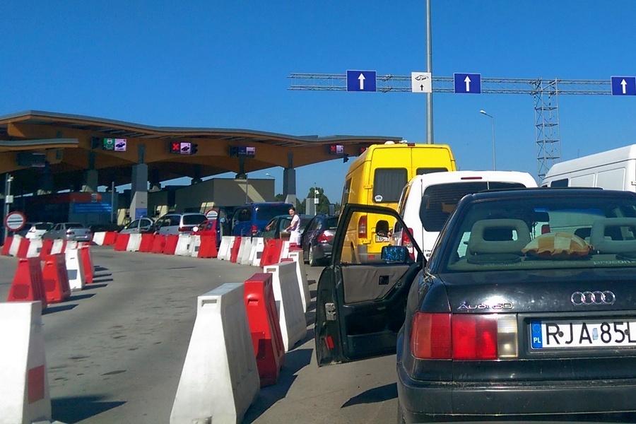 Черги на пунктах пропуску на кордоні з країнами ЄС суттєво зменшилися, – прикордонна служба