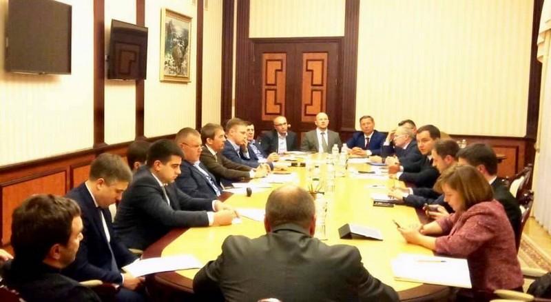 Троє народних депутатів від Закарпаття зустрілися з Олексієм Гончаруком