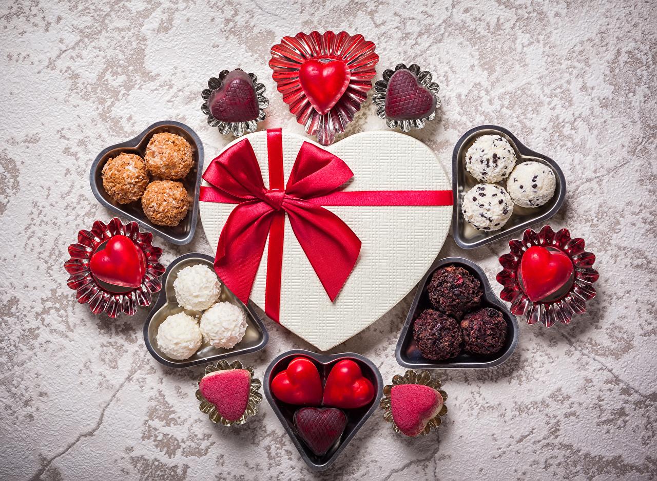 День Святого Валентина 2020: картинки, фільми, привітання та історія романтичного свята