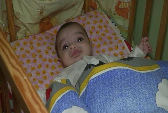 Хлопчик, народжений 12-річною закарпаткою, чекає на всиновлення