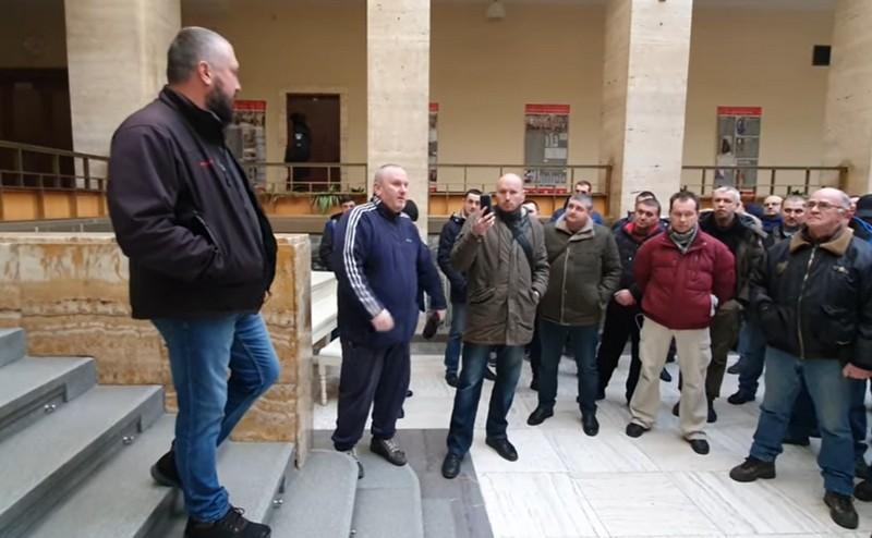 В Ужгороді євробляхери зібрались на акцію протесту