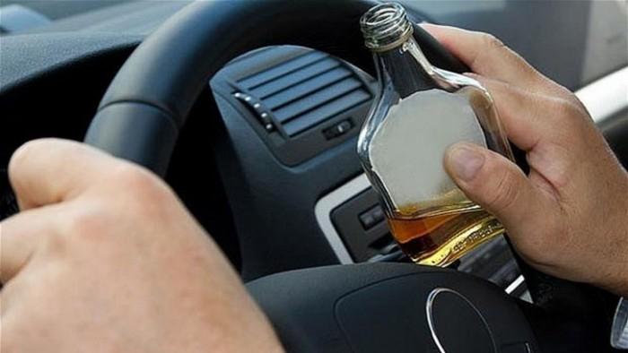 """Поліцейські розповіли про п'яних водіїв, які """"попалися"""" їм впродовж доби"""