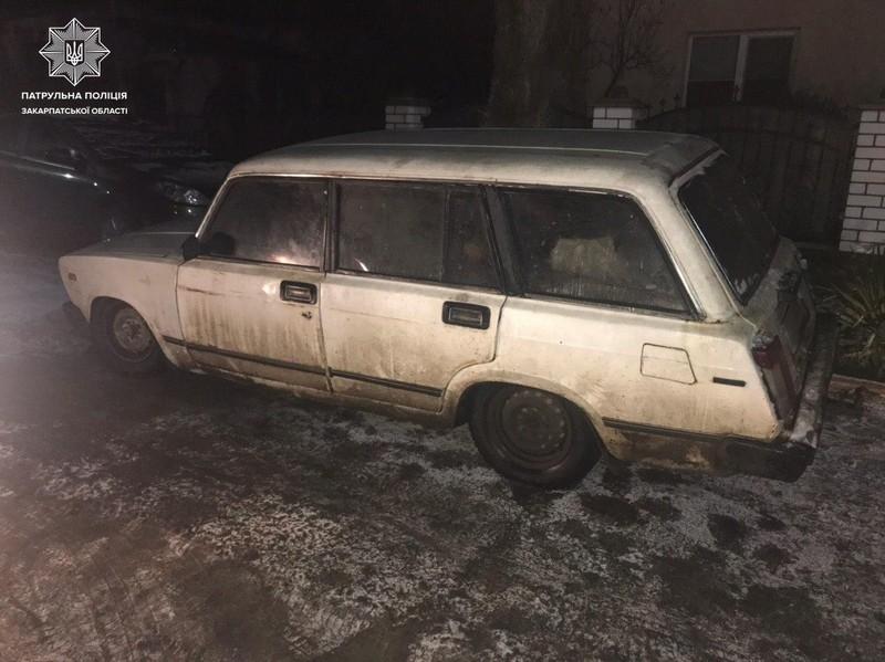 Четверо неповнолітніх вкрали машину