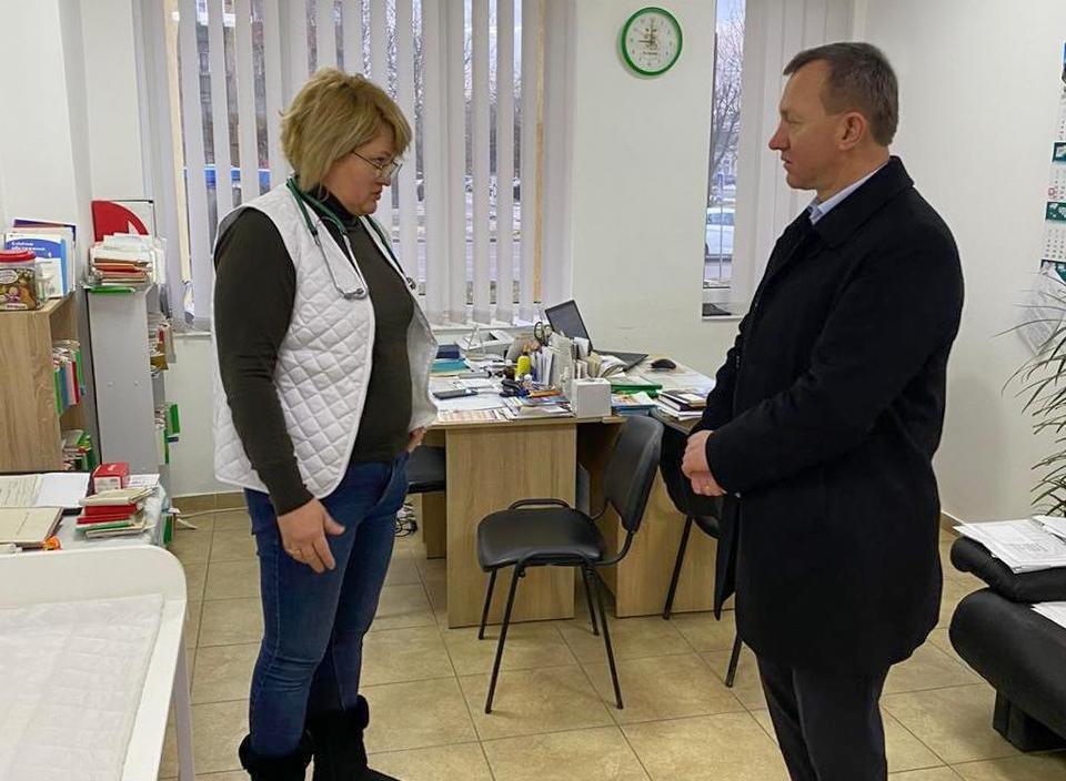 Мер Ужгорода відвідав одну з найбільших сімейних амбулаторій міста