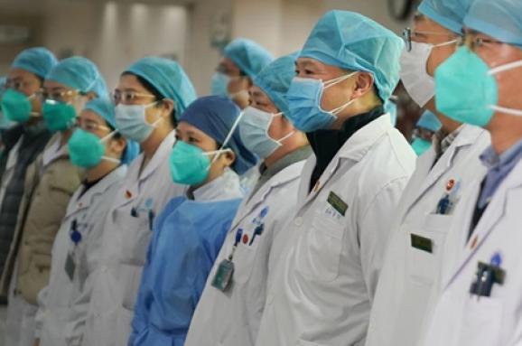 Смертельний коронавірус: дівчина із Закарпаття не може виїхати із Китаю