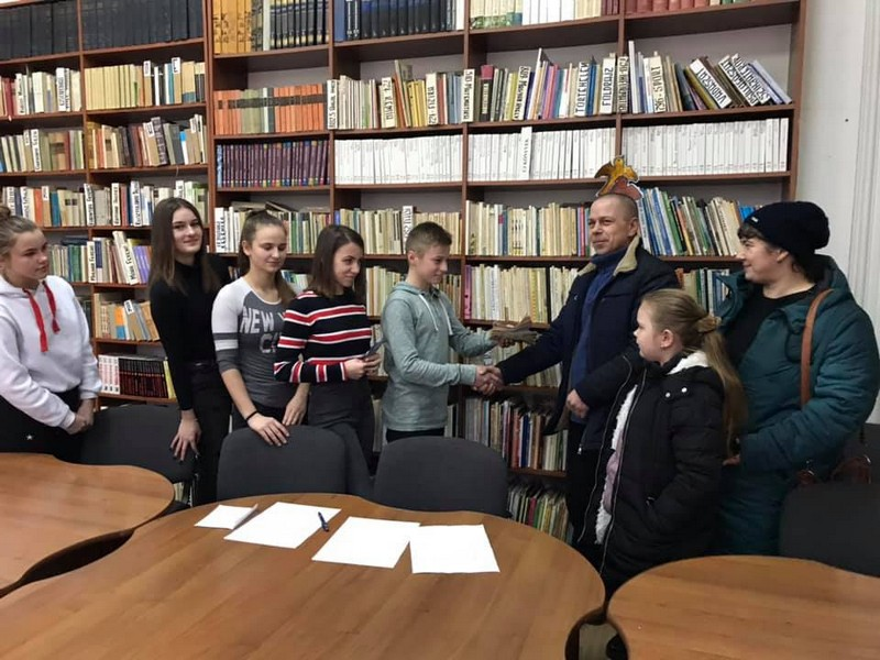 Вчинок учнів однієї зі шкіл Берегова приємно вразив закарпатців