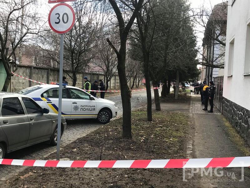 Очевидці розповіли про стрілянину в Мукачеві