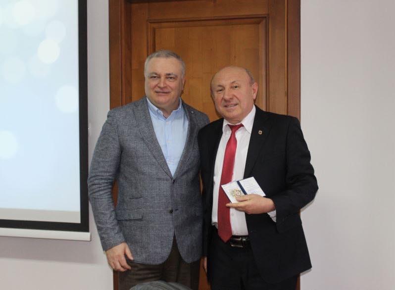 Професору Гарагоничу — вища відзнака Міносвіти