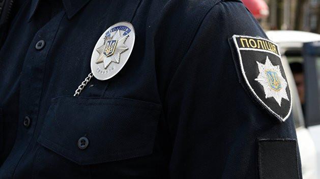 Пошкодили двері ювелірного: поліція розслідує інцидент в Ужгороді