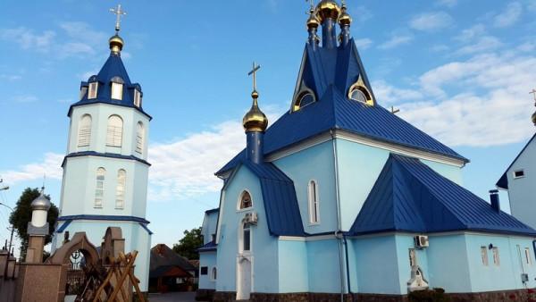 На території Ракошинського монастиря будують новий храм