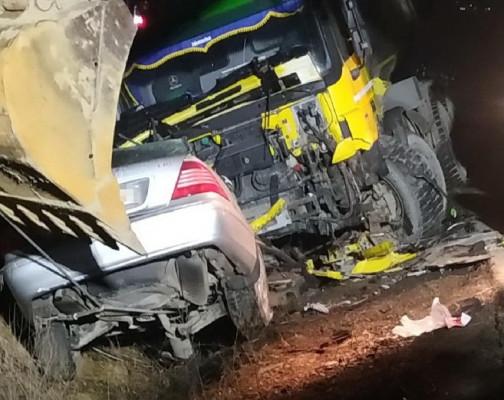 Опубліковано фото з місця моторошної аварії, яка сталась вночі