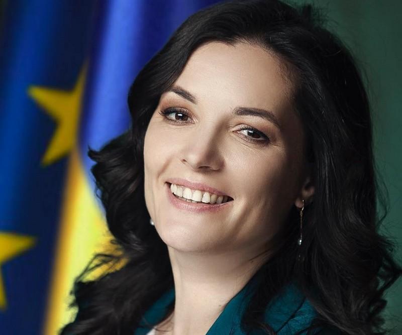 Евакуація українців із Китаю: очільниця МОЗ вирішила приєднатися до людей в обсервації
