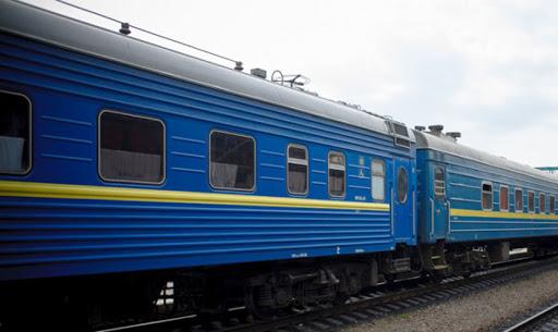 Через негоду затримуються потяги Львів–Солотвино та Ужгород–Київ
